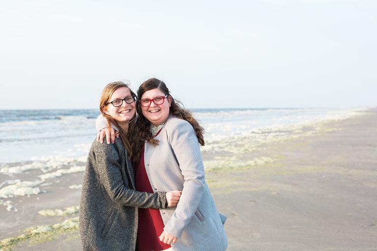 fotograaf-zussen-vriendin-strand-noordholland