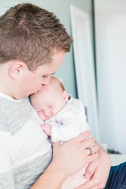 newbornfotograaf-papa-hoorn-alkmaar